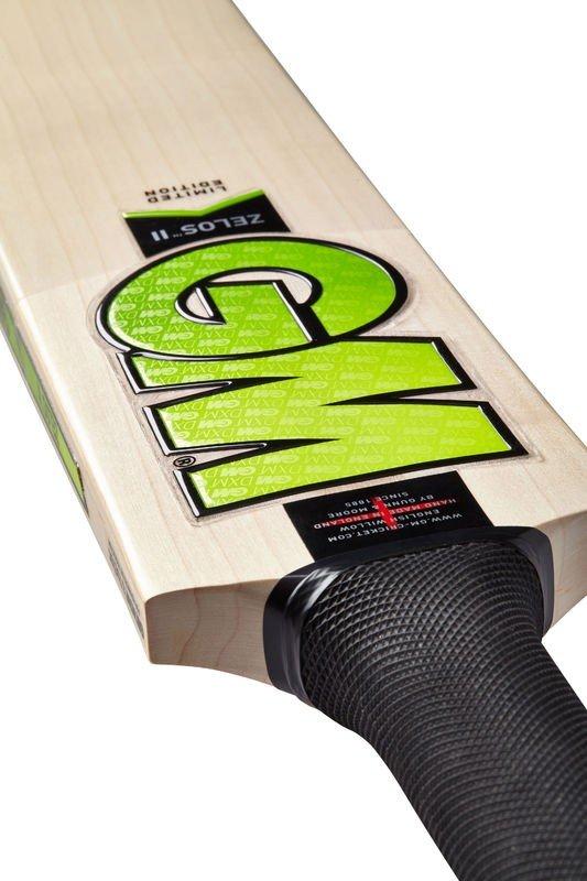 Gunn and Moore Zelos II Cricket Bat